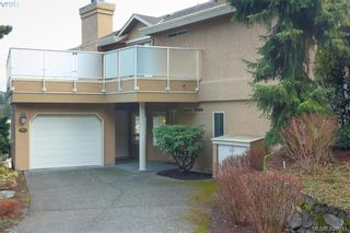 Photo 4: 801 6880 Wallace Dr in BRENTWOOD BAY: CS Brentwood Bay Row/Townhouse for sale (Central Saanich)  : MLS®# 841142