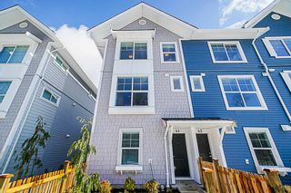 """Photo 2: 41 20451 84 Avenue in Langley: Willoughby Heights Townhouse for sale in """"Walden"""" : MLS®# R2354353"""