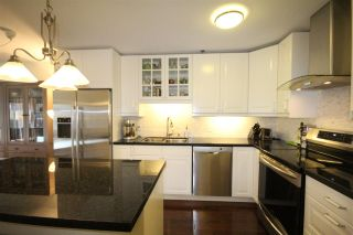 Photo 4: 210 3280 W BROADWAY in Vancouver: Kitsilano Condo for sale (Vancouver West)  : MLS®# R2561990