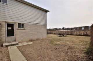Photo 24: 2200 Haygate Crescent in Mississauga: Sheridan House (Backsplit 4) for sale : MLS®# W4075137