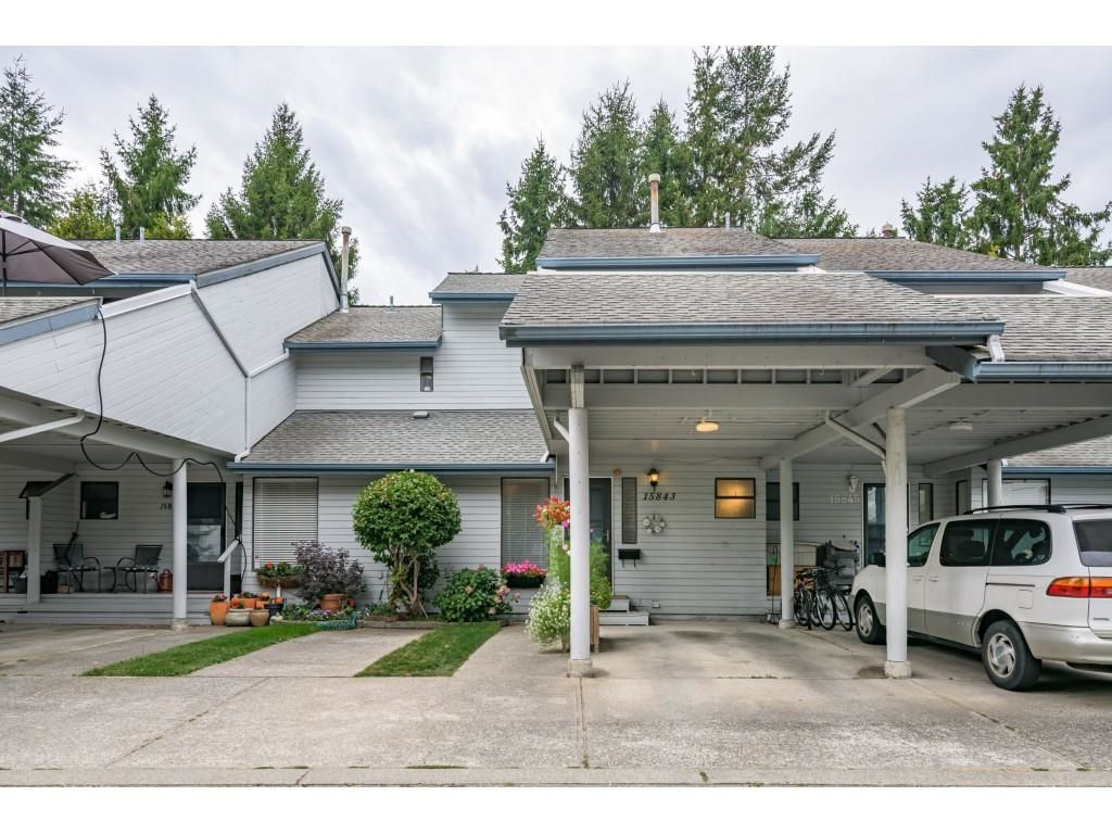 """Main Photo: 15843 ALDER Place in Surrey: King George Corridor Townhouse for sale in """"ALDERWOOD"""" (South Surrey White Rock)  : MLS®# R2607758"""