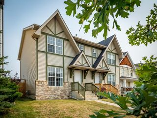 Photo 1: 326 Elgin Place SE in Calgary: McKenzie Towne Semi Detached for sale : MLS®# A1136926