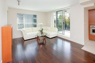 """Photo 4: 404 5958 IONA Drive in Vancouver: University VW Condo for sale in """"ARGYLL HOUSE EAST"""" (Vancouver West)  : MLS®# R2363675"""