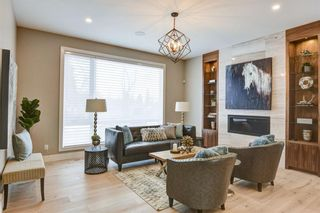 Photo 4: 11 Laxton Place SW in Calgary: North Glenmore Park Detached for sale : MLS®# A1114761