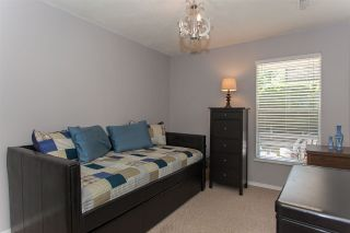 "Photo 13: 812 34909 OLD YALE Road in Abbotsford: Abbotsford East Townhouse for sale in ""The Gardens"" : MLS®# R2189327"