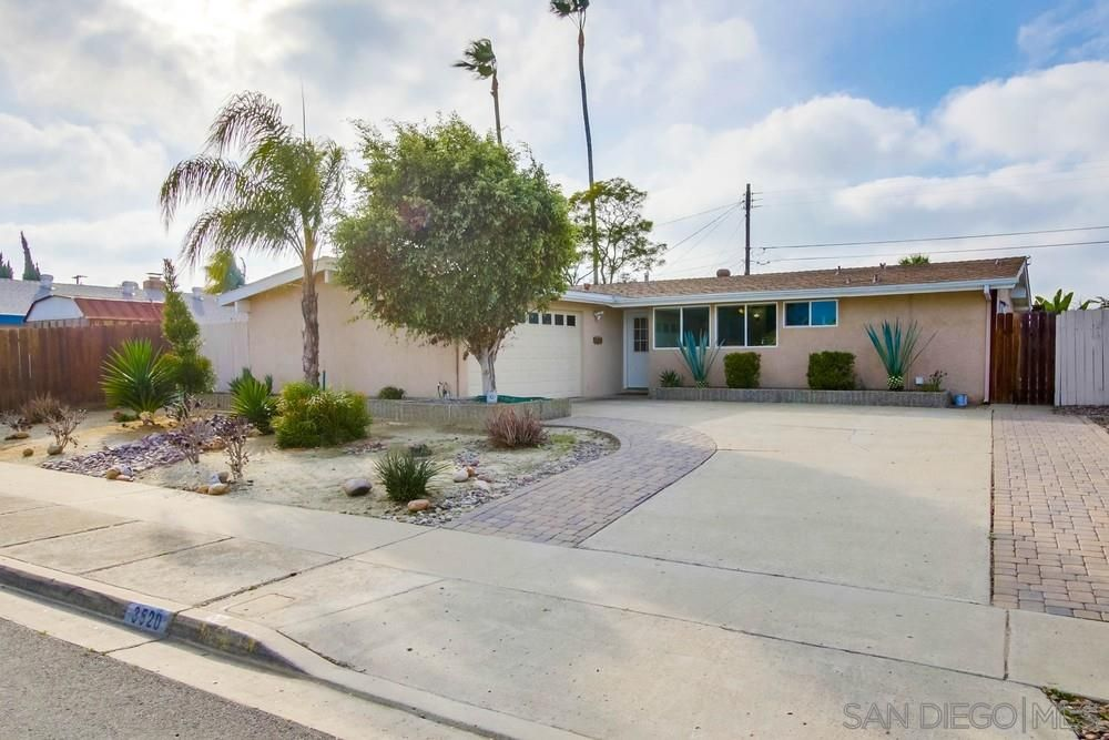 Main Photo: SERRA MESA House for sale : 4 bedrooms : 3520 Milagros St in San Diego