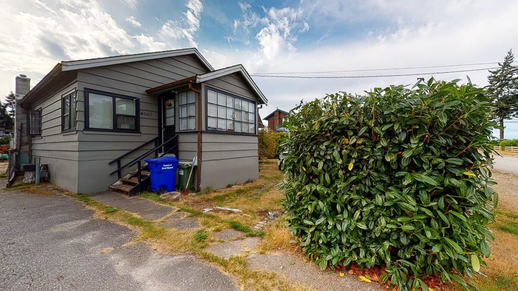 Photo 19: Photos: 4660 WESTLY Road in Sechelt: Sechelt District House for sale (Sunshine Coast)  : MLS®# R2615154