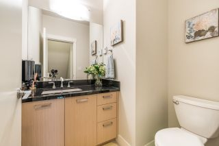 """Photo 8: 21 9628 FERNDALE Road in Richmond: McLennan North Townhouse for sale in """"SONATA PARK"""" : MLS®# R2155174"""