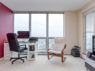 """Photo 19: 2410 3663 CROWLEY Drive in Vancouver: Collingwood VE Condo for sale in """"LATITUTDE"""" (Vancouver East)  : MLS®# R2140003"""