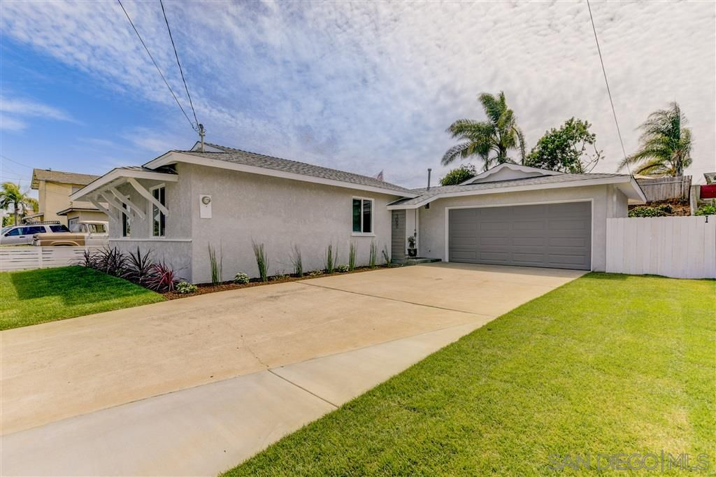 Main Photo: CLAIREMONT House for sale : 3 bedrooms : 5066 New Haven Rd. in San Diego