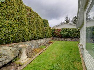 Photo 16: 63 Salmon Crt in VICTORIA: VR Glentana Manufactured Home for sale (View Royal)  : MLS®# 783796