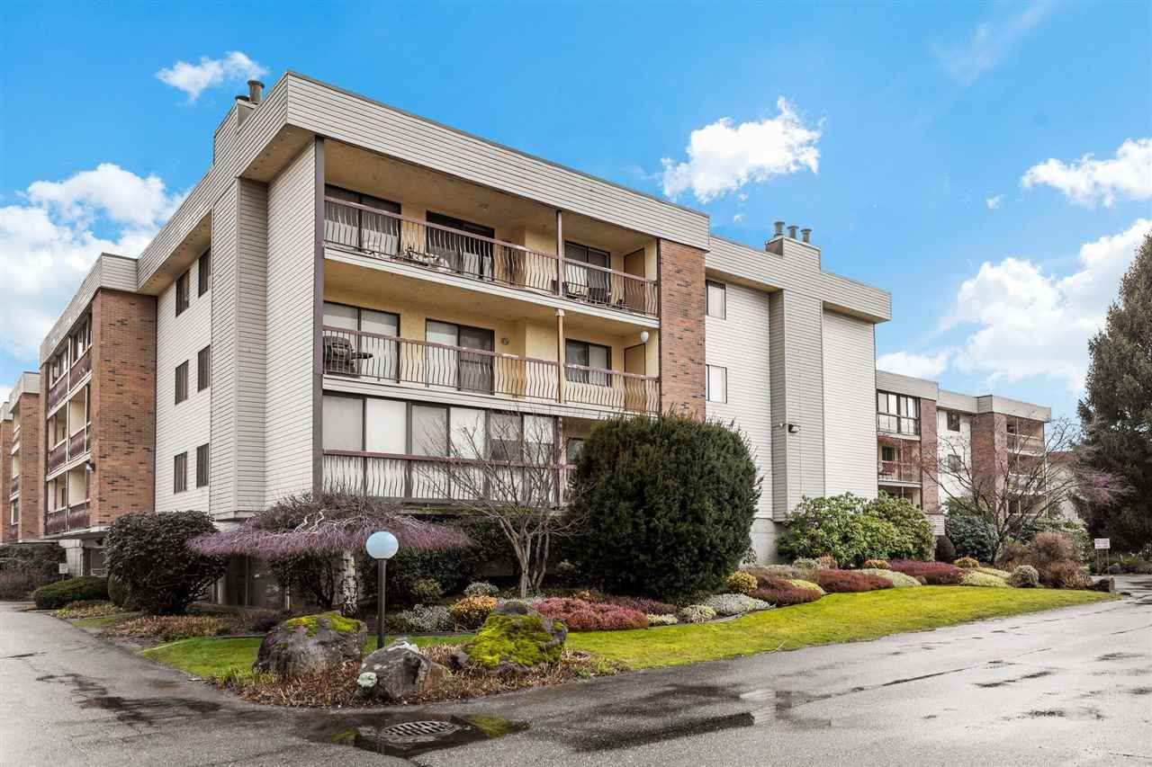 "Main Photo: 1119 45650 MCINTOSH Drive in Chilliwack: Chilliwack W Young-Well Condo for sale in ""PHOENIXDALE 1"" : MLS®# R2538118"