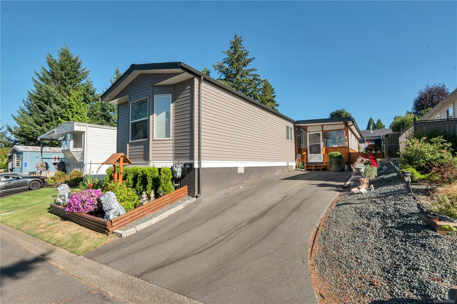 Main Photo: 169 1160 Shellbourne Blvd in : CR Campbell River Central Manufactured Home for sale (Campbell River)  : MLS®# 882940