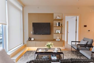 "Photo 2: 404 3639 W 16TH Avenue in Vancouver: Point Grey Condo for sale in ""The Grey"" (Vancouver West)  : MLS®# R2556364"