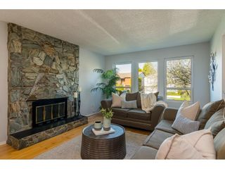 """Photo 4: 2648 WILDWOOD Drive in Langley: Willoughby Heights House for sale in """"Langley Meadows"""" : MLS®# R2539752"""