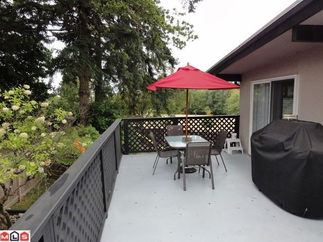 """Photo 12: Photos: 9791 115A Street in Surrey: Royal Heights House for sale in """"Royal Heights"""" (North Surrey)  : MLS®# F1123531"""