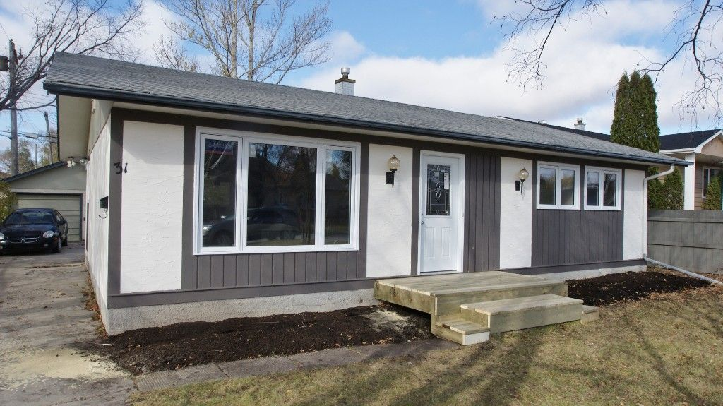 Main Photo: 31 Bayview Drive in Winnipeg: Transcona Residential for sale (North East Winnipeg)  : MLS®# 1221452