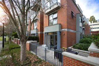 """Photo 2: 108 2688 VINE Street in Vancouver: Kitsilano Townhouse for sale in """"TREO"""" (Vancouver West)  : MLS®# R2318408"""