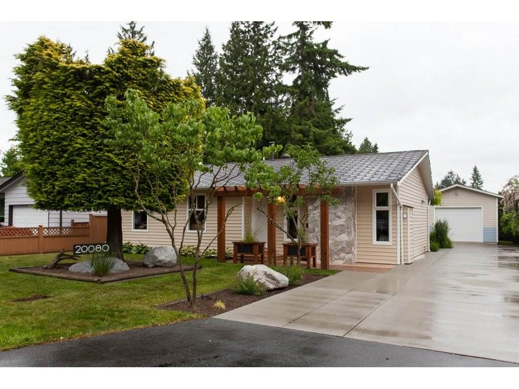 Main Photo: 20080 45 Avenue in Langley: Langley City House for sale : MLS®# R2178555