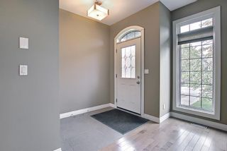 Main Photo: 52 31 Avenue SW in Calgary: Erlton Detached for sale : MLS®# A1112275
