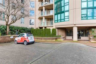 "Photo 3: 409 1190 PIPELINE Road in Coquitlam: North Coquitlam Condo for sale in ""The Mackenzie"" : MLS®# R2539387"
