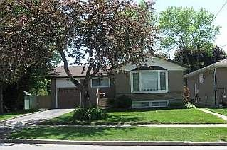 Photo 1: 7 FAREHAM CRES in TORONTO: Freehold for sale