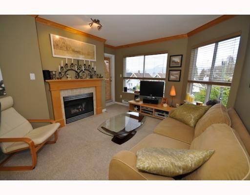 "Main Photo: 409 2929 W 4TH Avenue in Vancouver: Kitsilano Condo for sale in ""THE MADISON"" (Vancouver West)  : MLS®# V806678"