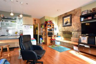 Photo 16: 15376 COLUMBIA Avenue: White Rock House for sale (South Surrey White Rock)  : MLS®# R2032006