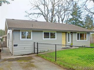 Photo 1: 1701 Jefferson Ave in VICTORIA: SE Gordon Head Half Duplex for sale (Saanich East)  : MLS®# 755004