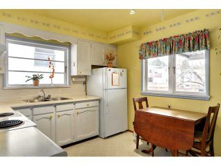 """Photo 6: 3551 WALKER ST in Vancouver: Grandview VE House for sale in """"TROUT LAKE"""" (Vancouver East)  : MLS®# V875248"""