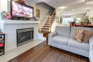 """Photo 3: 7478 HAWTHORNE Terrace in Burnaby: Highgate Townhouse for sale in """"ROCKHILL"""" (Burnaby South)  : MLS®# R2148491"""