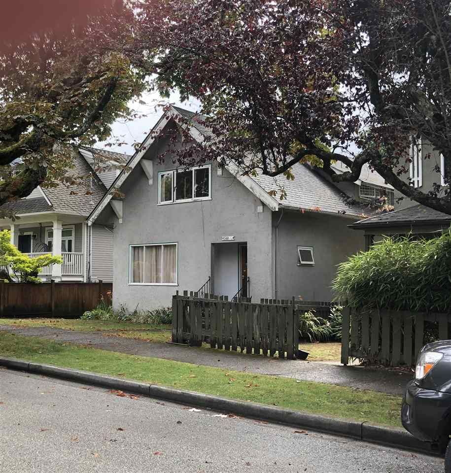 Main Photo: 1560 E 11TH Avenue in Vancouver: Grandview Woodland House for sale (Vancouver East)  : MLS®# R2485124