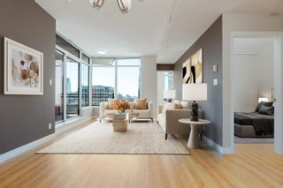 """Photo 4: 2601 1211 MELVILLE Street in Vancouver: Coal Harbour Condo for sale in """"THE RITZ"""" (Vancouver West)  : MLS®# R2625301"""