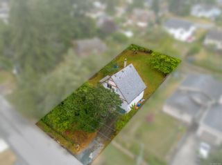 Photo 2: 861 Violet Ave in : SW Marigold House for sale (Saanich West)  : MLS®# 851652