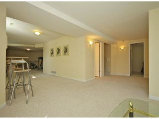 """Photo 8: 5869 189TH Street in Surrey: Cloverdale BC House for sale in """"ROSEWOOD"""" (Cloverdale)  : MLS®# F1307410"""