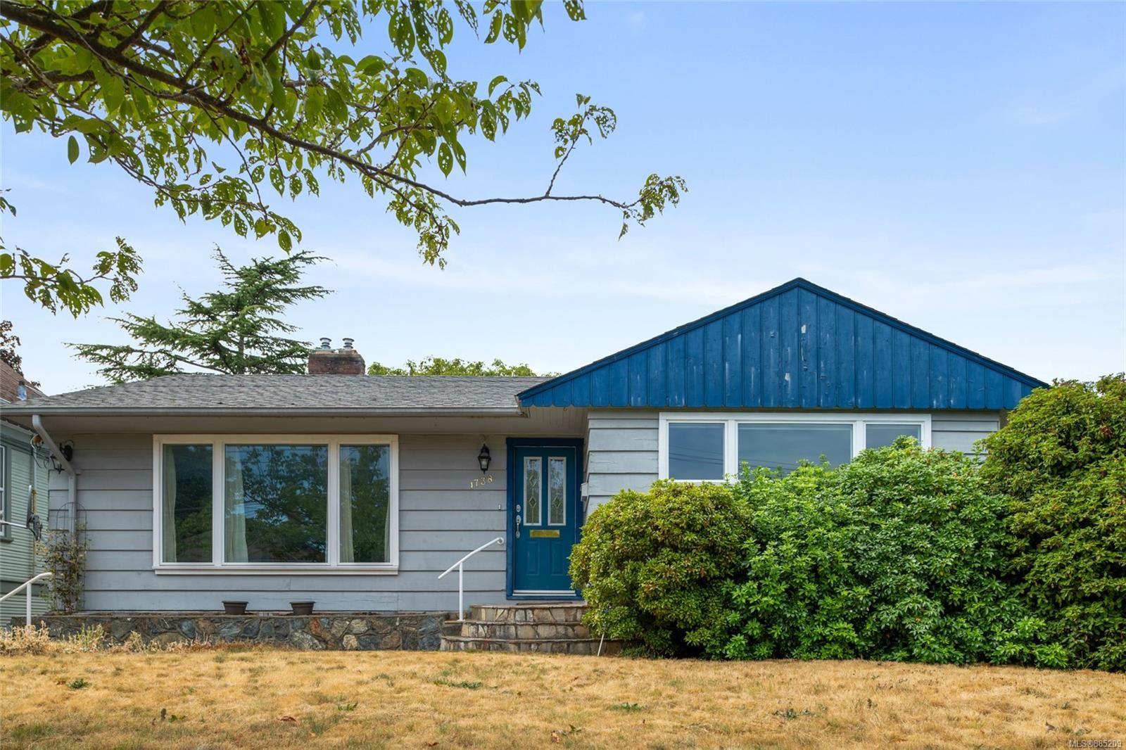 Main Photo: 1738 Davie St in : Vi Jubilee House for sale (Victoria)  : MLS®# 885209