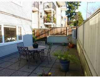 Photo 9: 102 833 16TH Ave in Vancouver West: Fairview VW Home for sale ()  : MLS®# V799882
