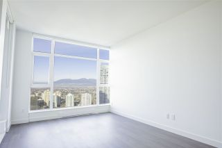 """Photo 4: 3907 4670 ASSEMBLY Way in Burnaby: Metrotown Condo for sale in """"STATION SQUARE 2"""" (Burnaby South)  : MLS®# R2332808"""