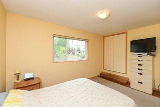Photo 18: 2106 McKenzie Ave in : CV Comox (Town of) Full Duplex for sale (Comox Valley)  : MLS®# 874890
