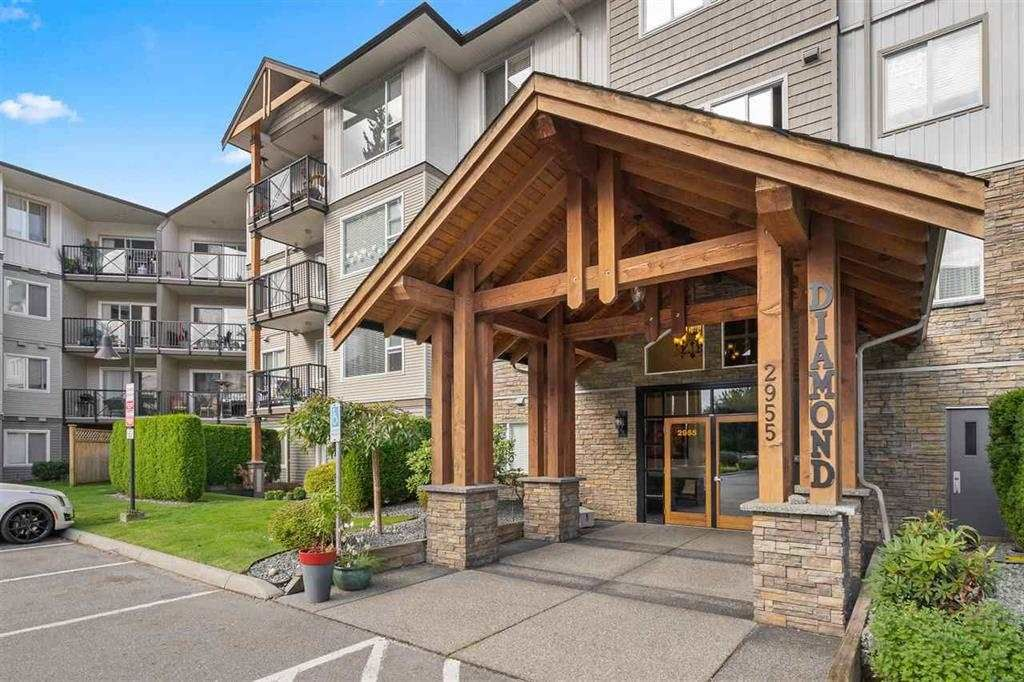 """Main Photo: 108 2955 DIAMOND Crescent in Abbotsford: Abbotsford West Condo for sale in """"WESTWOOD"""" : MLS®# R2541464"""