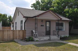 Photo 2: 674 Martin Avenue in Winnipeg: East Elmwood Residential for sale (3B)  : MLS®# 202117730