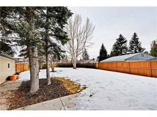 Photo 23: 6615 LETHBRIDGE Crescent SW in Calgary: Lakeview House for sale : MLS®# C4050221