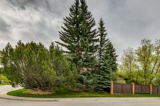 Photo 1: 603 Willoughby Crescent SE in Calgary: Willow Park Detached for sale : MLS®# A1110332