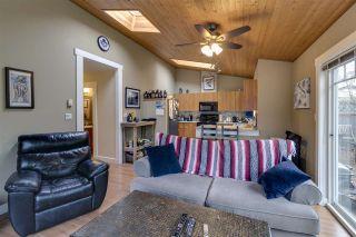 "Photo 3: 34 1821 WILLOW Crescent in Squamish: Garibaldi Estates Townhouse for sale in ""Willow Village"" : MLS®# R2342128"