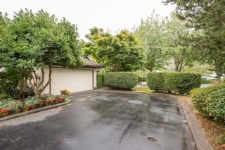 """Photo 3: 2 12941 17TH Avenue in Surrey: Crescent Bch Ocean Pk. Townhouse for sale in """"Ocean Park Grove"""" (South Surrey White Rock)  : MLS®# R2610272"""
