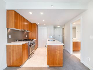"""Photo 4: 409 1133 HOMER Street in Vancouver: Yaletown Condo for sale in """"H&H"""" (Vancouver West)  : MLS®# R2582062"""