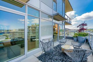 """Photo 15: 1702 1708 COLUMBIA Street in Vancouver: Mount Pleasant VW Condo for sale in """"Wall Centre False Creek"""" (Vancouver West)  : MLS®# R2580995"""