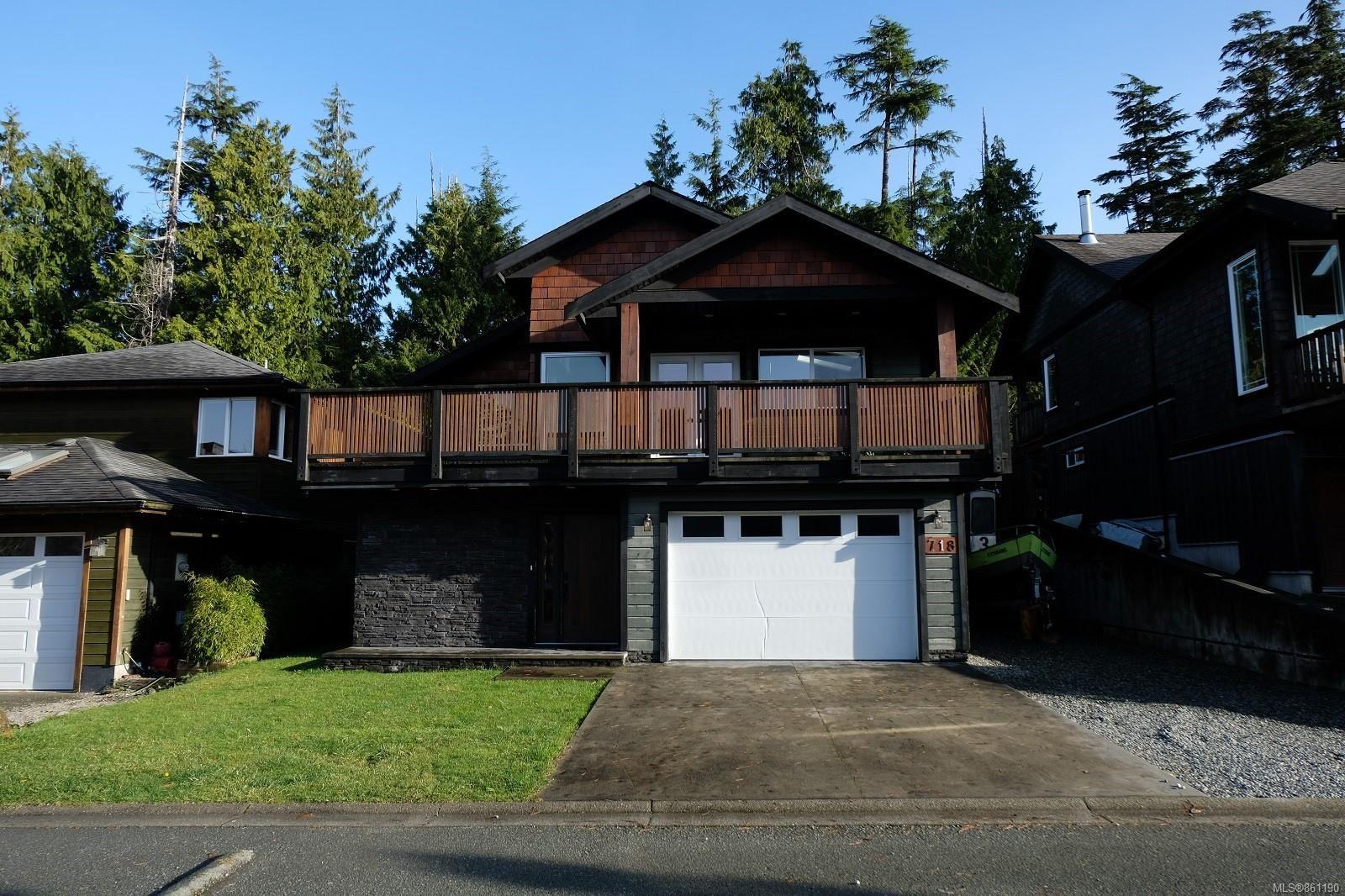 Main Photo: 718 Ocean Park Dr in : PA Tofino House for sale (Port Alberni)  : MLS®# 861190