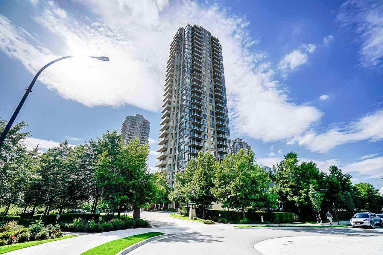"Main Photo: 2901 2355 MADISON Avenue in Burnaby: Brentwood Park Condo for sale in ""OMA 1"" (Burnaby North)  : MLS®# R2575886"