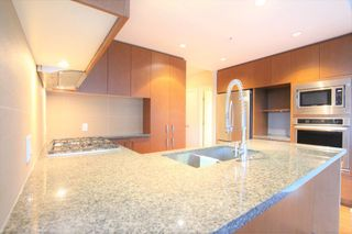 Photo 6: 3008 Glen Drive in Coquitlam: North Coquitlam Condo for rent : MLS®# AR002E